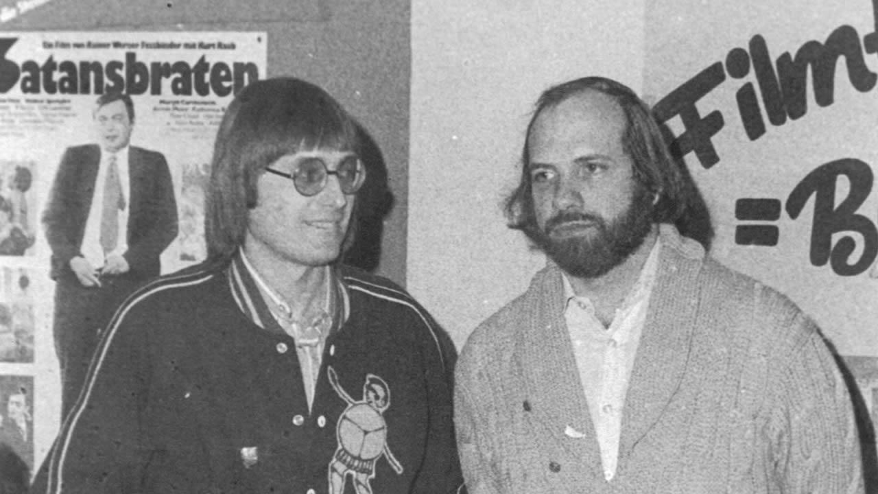 1976 - Brian de Palma mit Festivalleiter Heinz Badewitz.