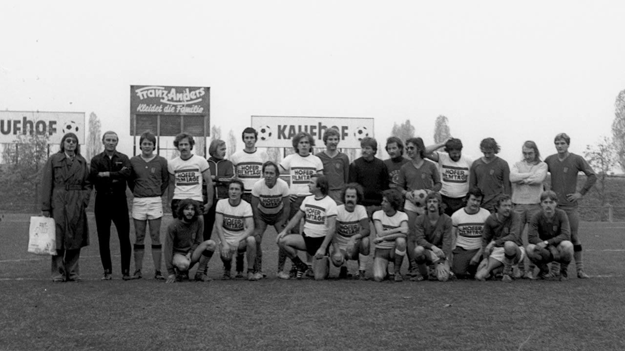 1976 - Das Filmtage-Fußball-Match endet mit einem 3:3-Unentschieden.