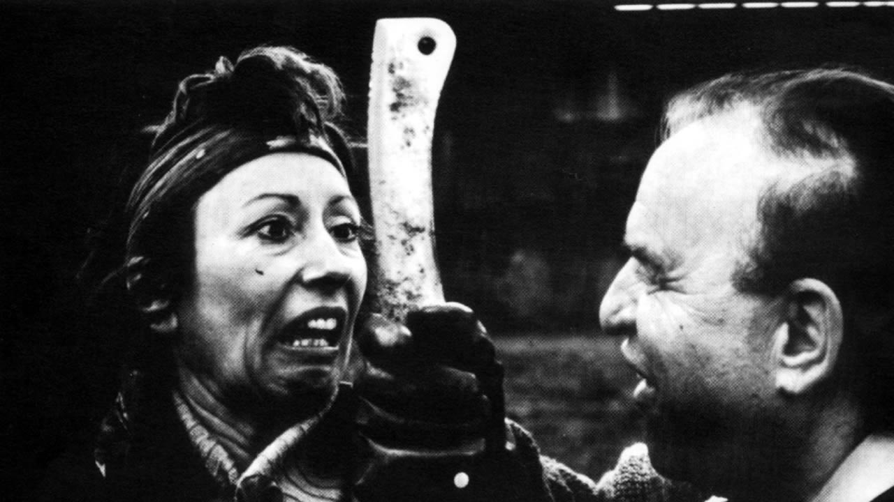 1990 - Mit DAS DEUTSCHE KETTENSÄGENMASSAKER - DIE ERSTE STUNDE DER WIEDERVEREINIGUNG schockiert Christoph Schlingensief das Hofer Publikum.