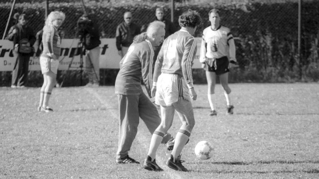 1991 - John Carpenter doing the kickoff of the festival's soccer match.