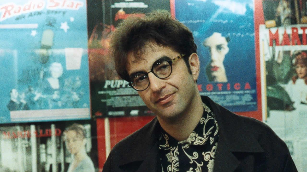 1994 - Atom Egoyan zeigt EXOTICA.