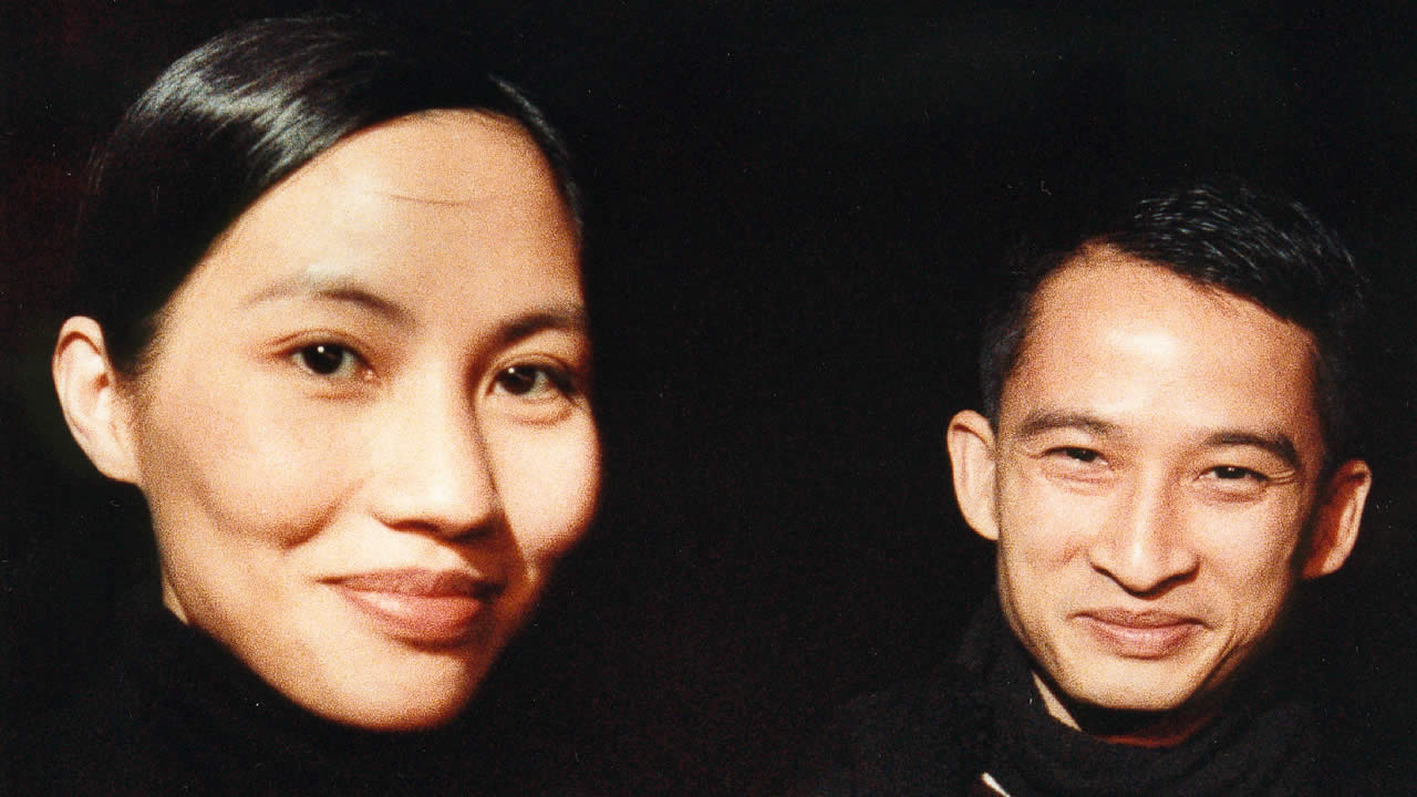 1995 – Director Tran Anh Hung (CYCLO) with his lead actress Tran Nu Yen Khe (Vietnam)