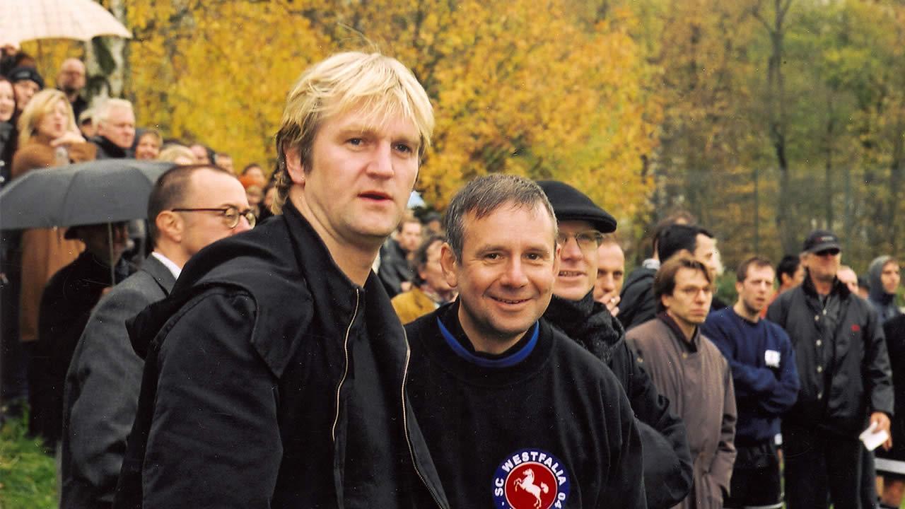 2000 - Detlev Buck und Joachim Król beim Filmtage-Fußball.