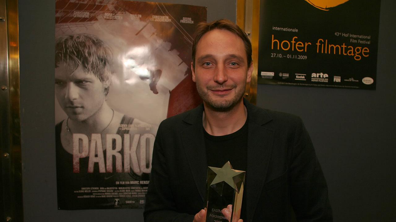 2009 - Der EASTMAN Förderpreis für Nachwuchstalente der Kodak GmbH geht an Regisseur Marc Rensing für PARKOUR.