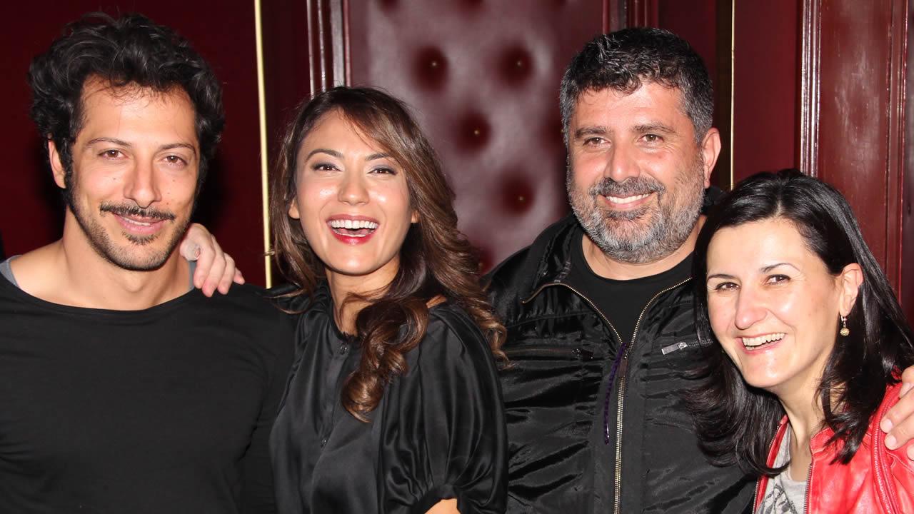 2015 - Ömer Faruk Sorak (2.v.r.), Regisseur von 8 SEKUNDEN – EIN AUGENBLICK UNENDLICHKEIT mit seinen Schauspielern Sema Poyraz (rechts), Esra Inal und Fahri Yardim.