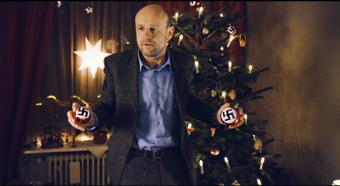 DER KLEINE NAZI