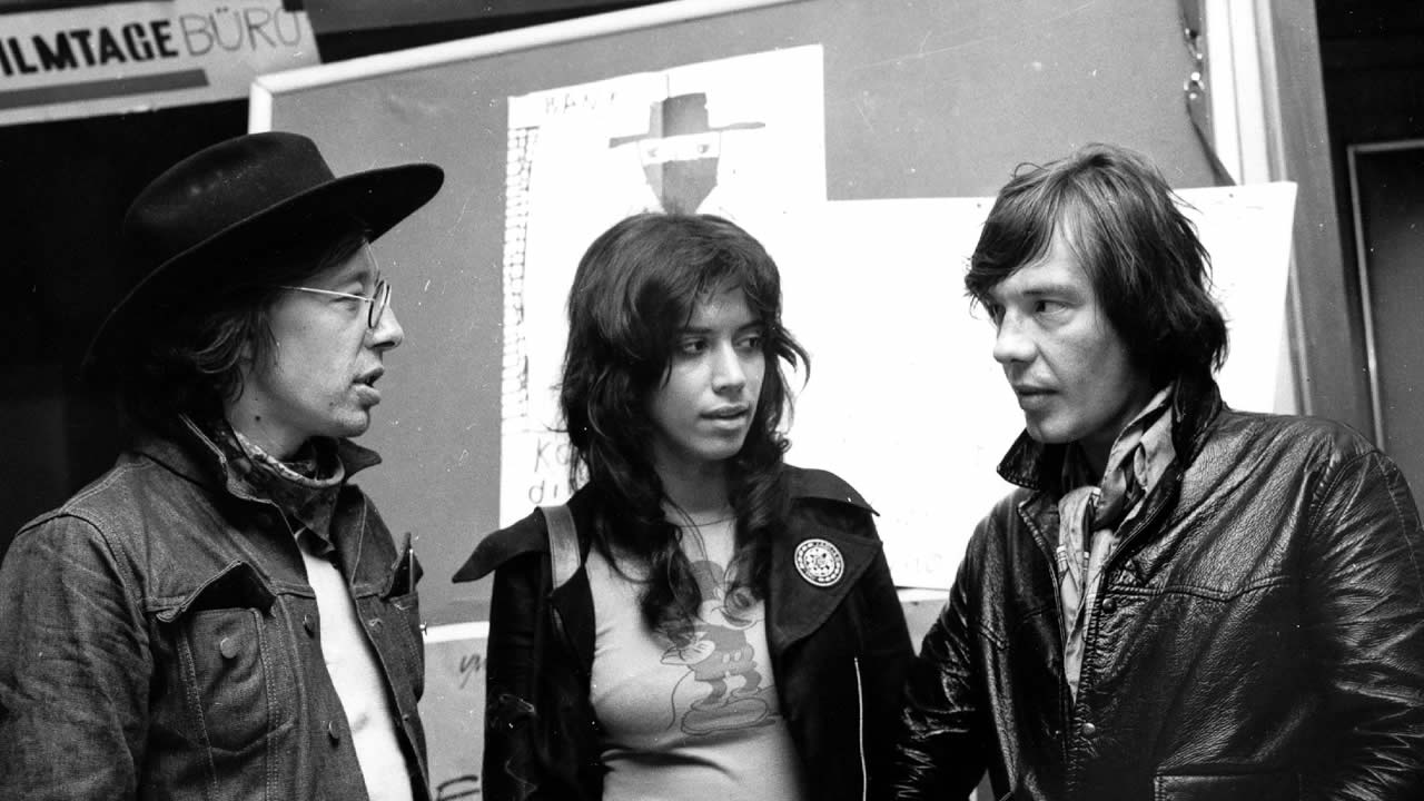 1971 - In discussion at the festival office