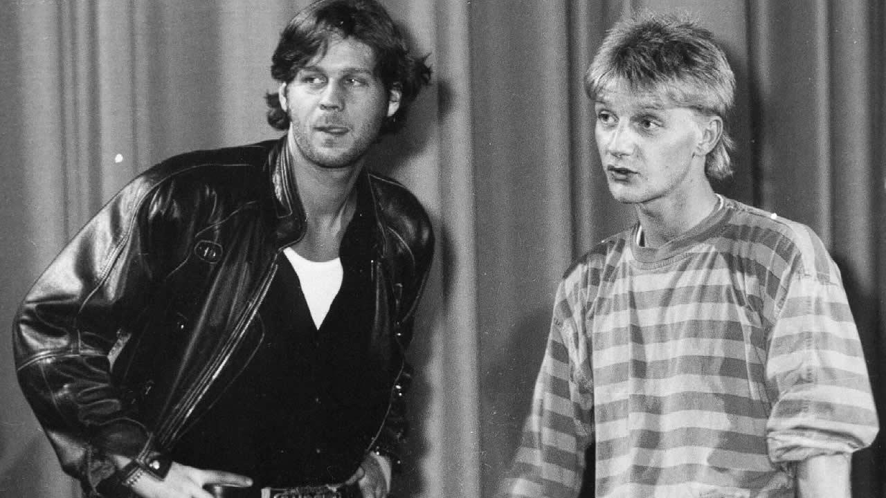 1990 - Sönke Wortmann mit seinem Hauptdarsteller Thomas Heinze bei der Premiere von WAHNSINNSEHE