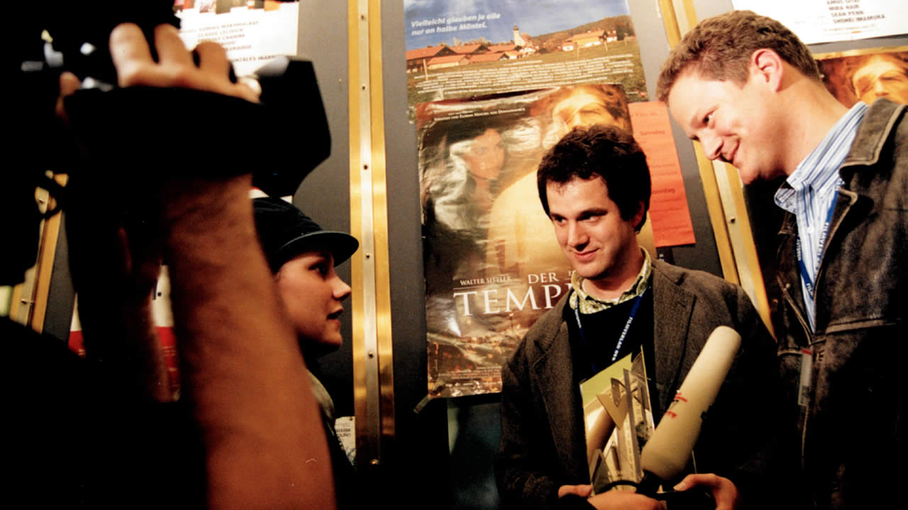 2002 - Florian und Sebastian Henckel von Donnersmarck zeigen DER TEMPLER und erhalten den Eastman Förderpreis.