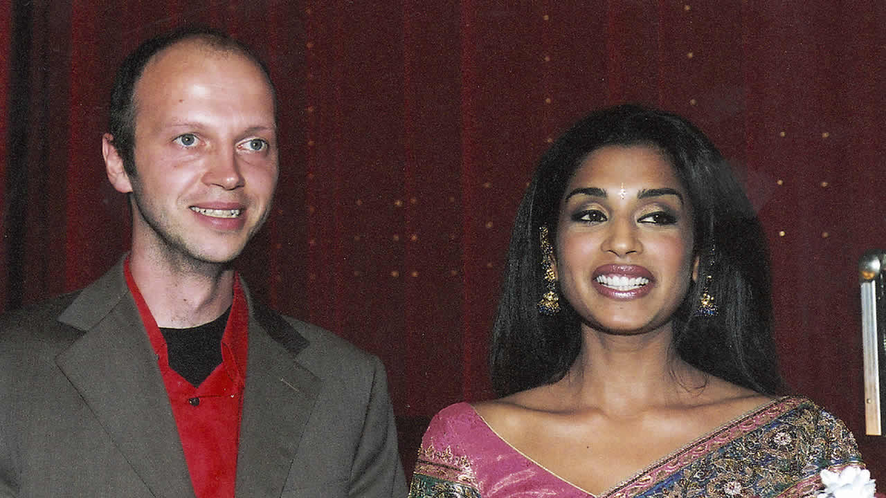 2003 - GATE TO HEAVEN: Veit Helmer and his leading actress Masumeh Makhija