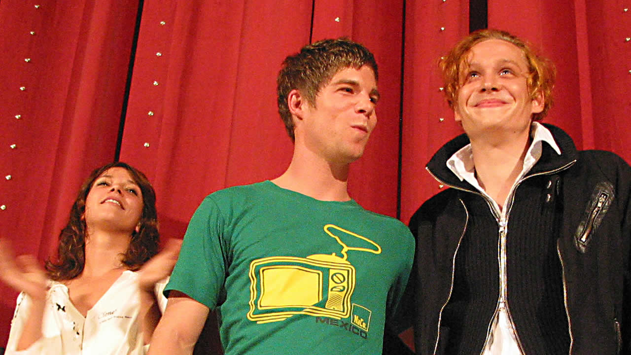 2004 - Jessica Schwarz, director Hendrik Hölzemann and Matthias Schweighöfer after the premiere of OFF BEAT