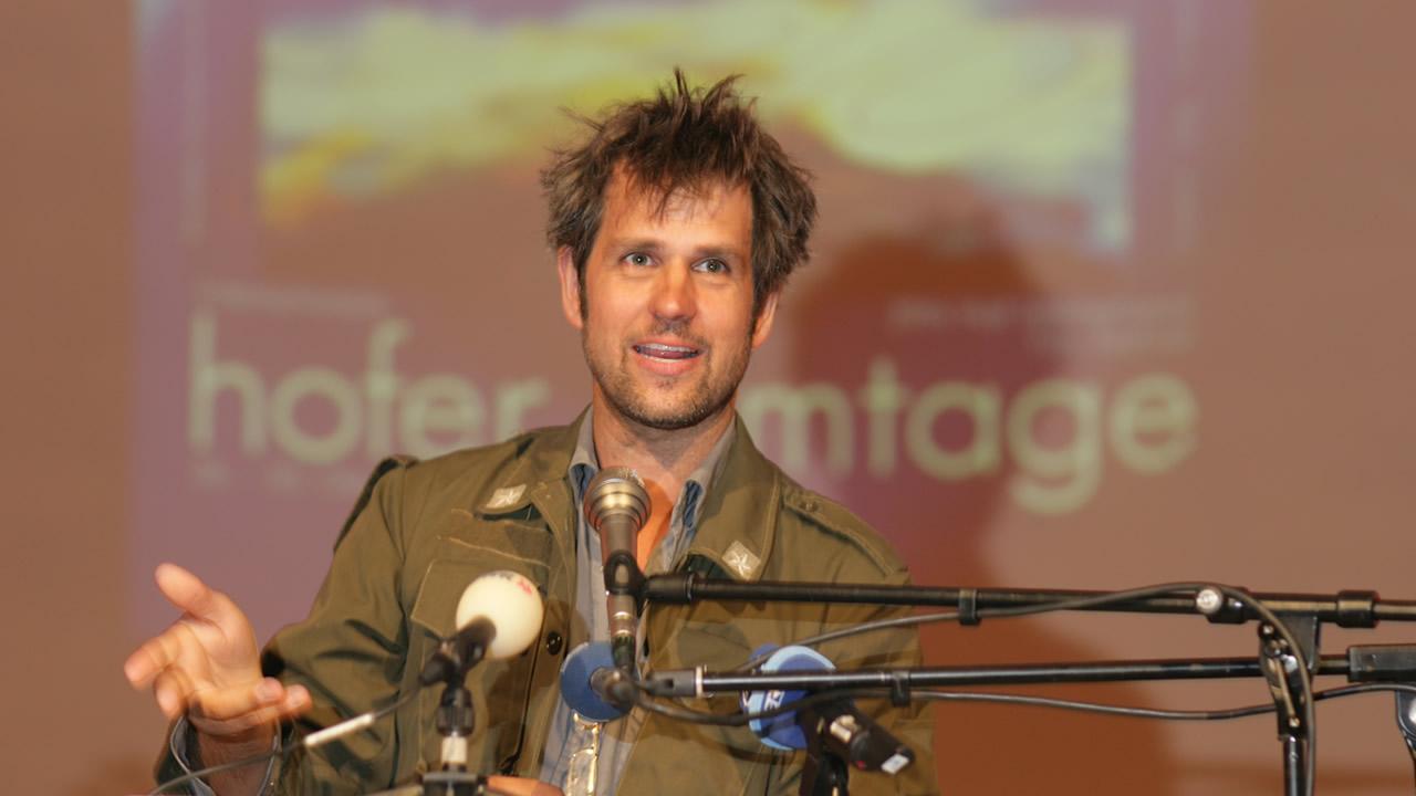 2005 - Christoph Schlingensief erhält den Filmpreis der Stadt Hof.
