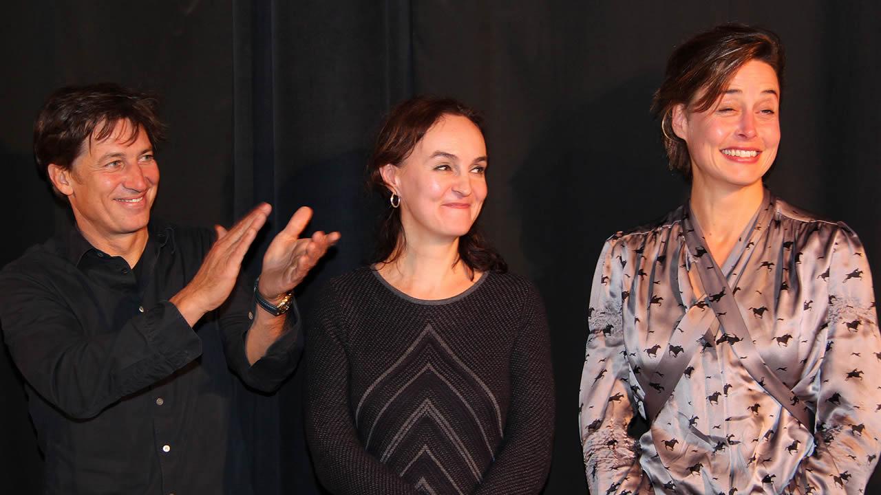 2012 - Susanne Wolf und Tobias Moretti spielen die Hauptrollen in MOBBING von Nicole Weegmann (Mitte).