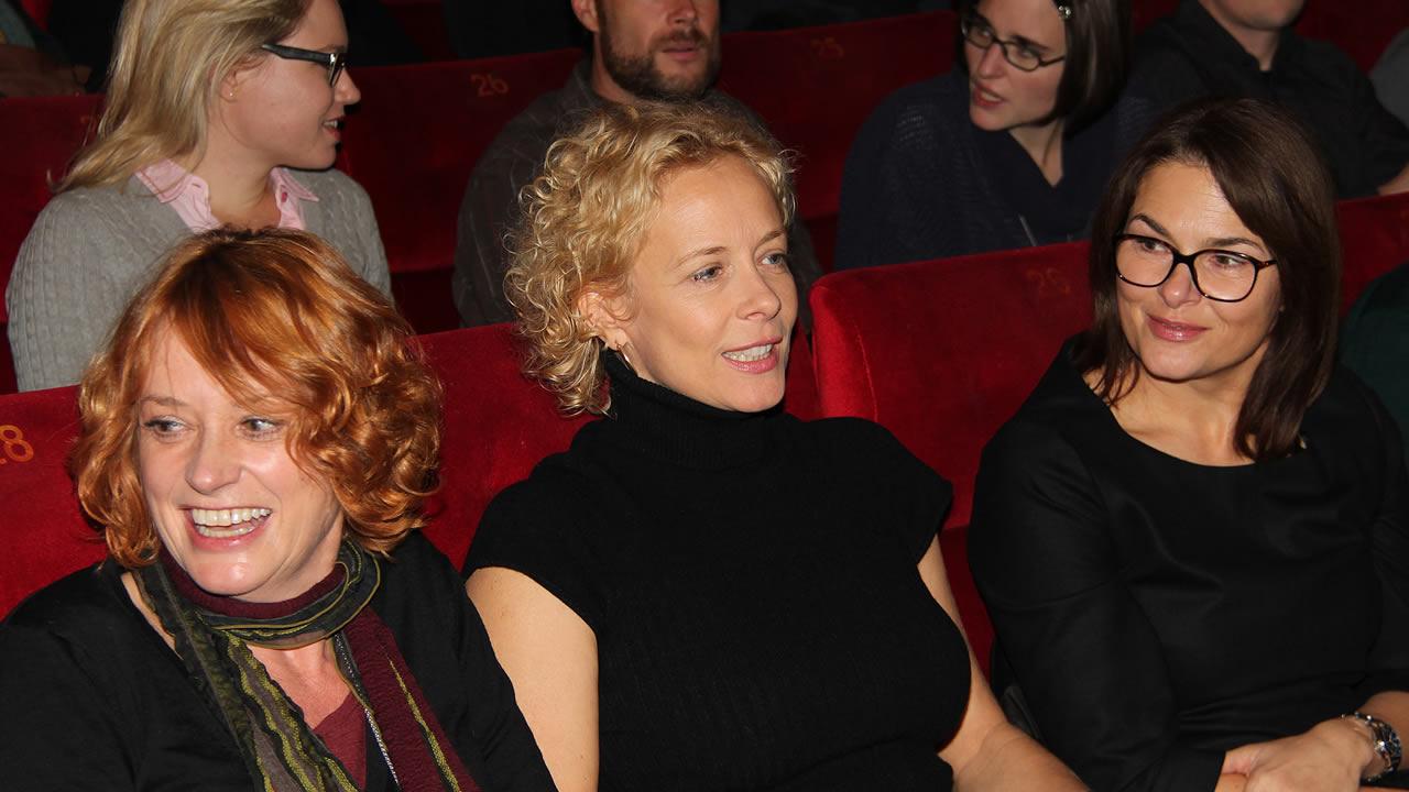 2012 - Regisseurin Nina Grosse und zwei ihrer Hauptdarstellerinnen, Katja Riemann und Barbara Auer (v.l.n.r.), bei der Premiere von DAS WOCHENENDE.