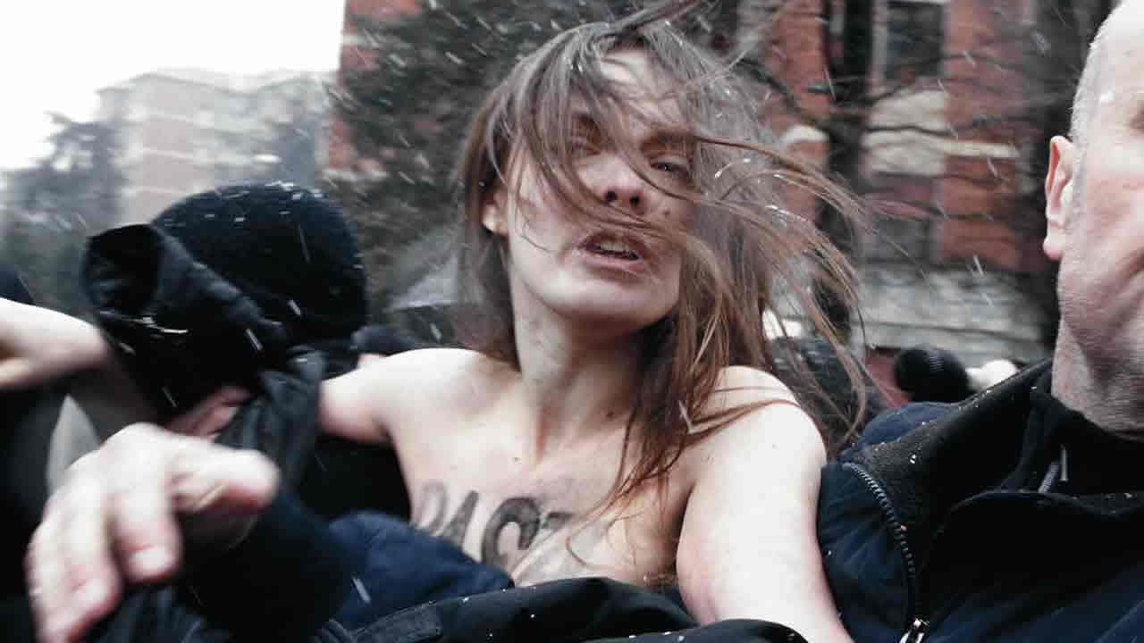 JE SUIS FEMEN / FEMEN MIT LEIB UND SEELE
