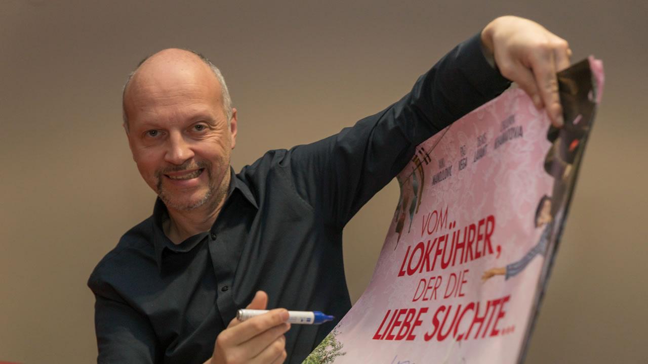 HoF Filmtage Rendezvous: Regisseur Veit Helmer zeigt VOM LOKFÜHRER, DER DIE LIEBE SUCHTE…