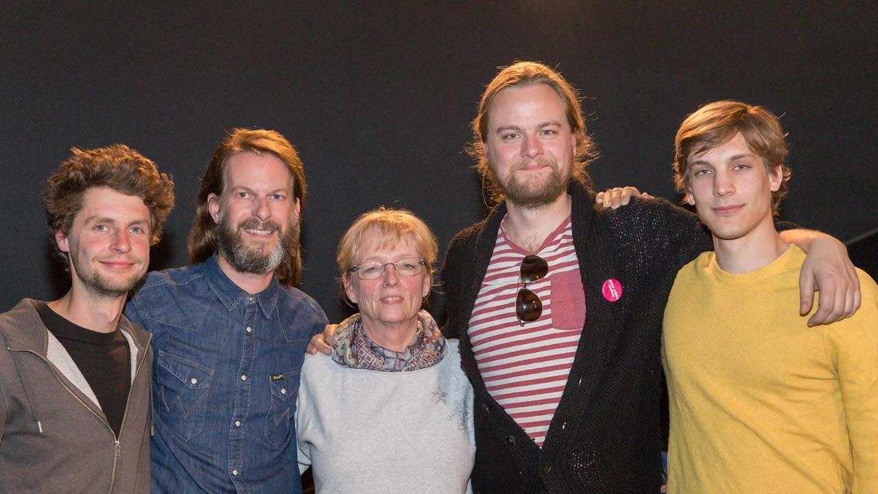 Die Regisseure Alexej Hermann, Eike Weinreich und Lukas Röder (von links) mit Christine Walther und Thorsten Schaumann.