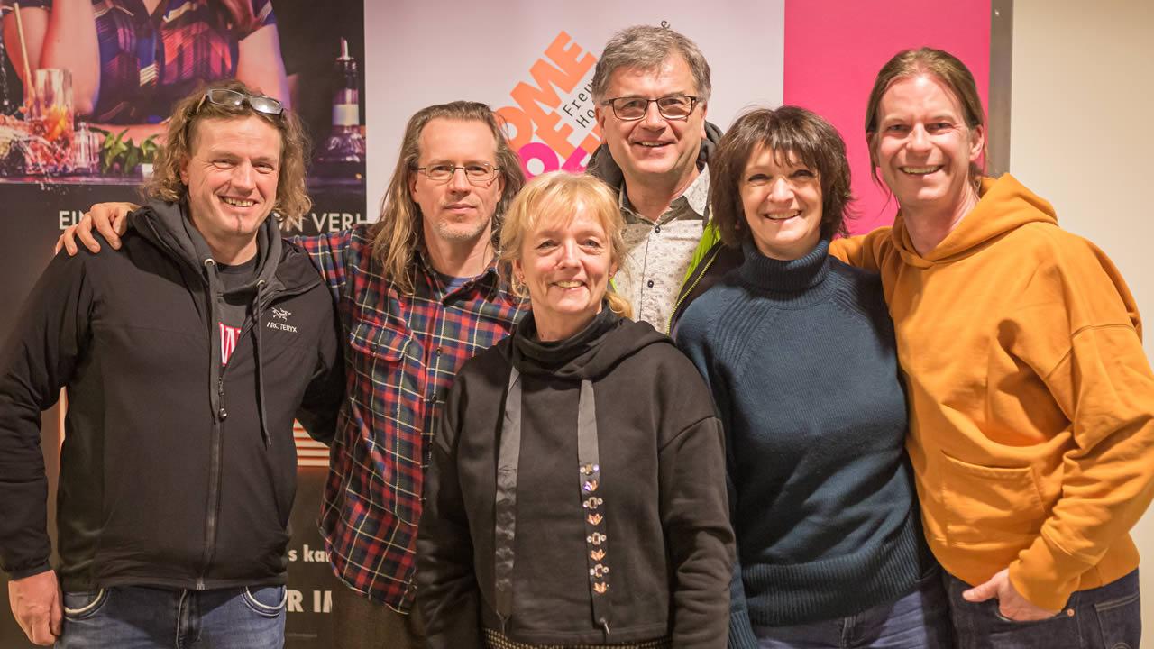 Regisseur Sven O. Hill (2. v.l.) mit Filmtage- und Freunde-Team. Foto: Andreas Rau